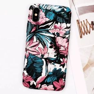 Accessories - 1 LEFT! NEW iPhone X/XS Retro Floral Soft IMD Case